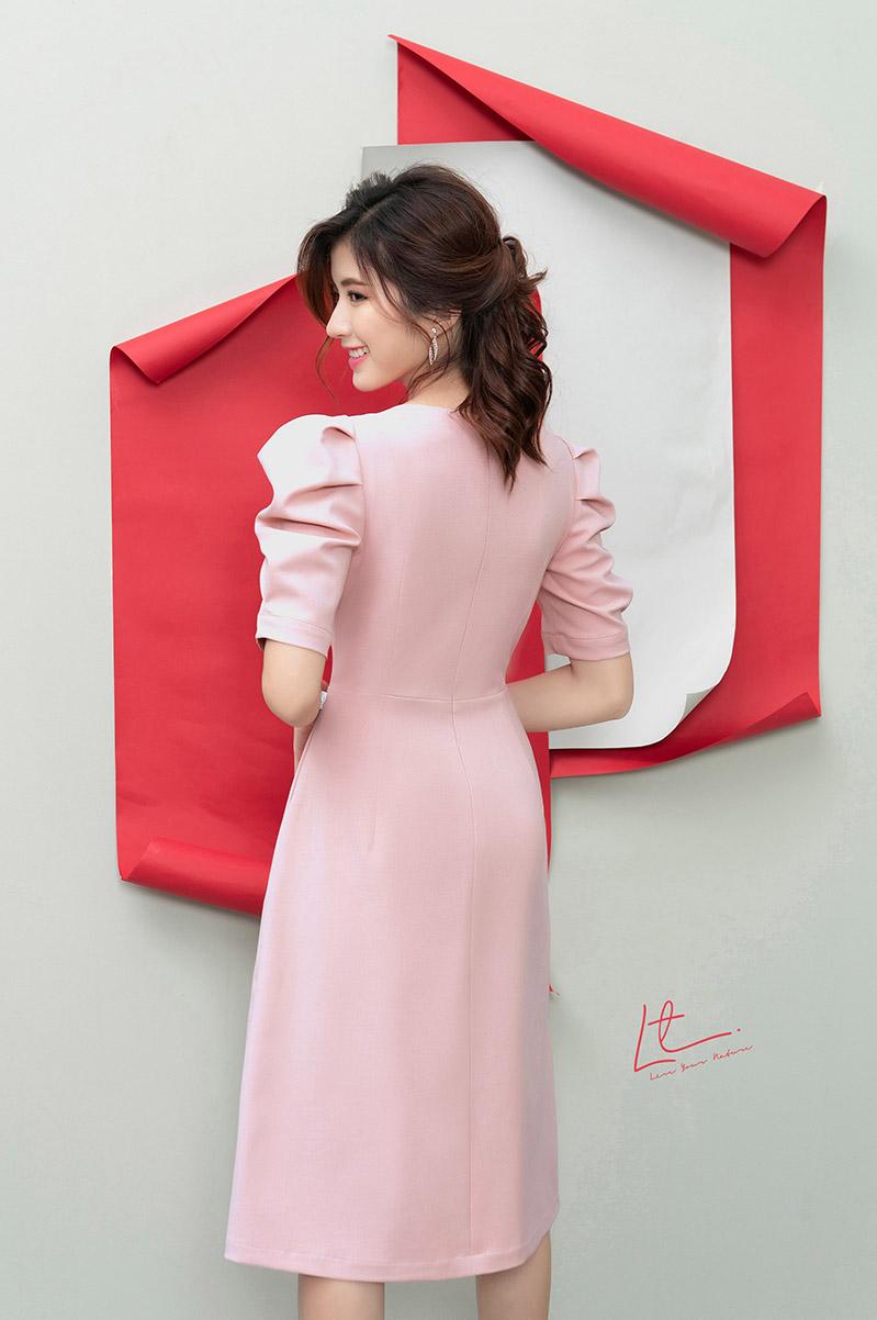 Thiết kế nhà LYN khéo léo tôn vẻ đẹp vóc dáng, che đi khuyết điểm